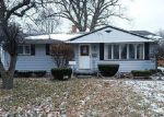 Foreclosed Home in PLUMMER ST, Essexville, MI - 48732