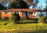 Foreclosed Home in DOVE ST, Kingstree, SC - 29556