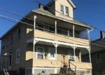 Foreclosed Home en JAMES ST, Torrington, CT - 06790