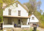 Foreclosed Home en BIRGE ST, Torrington, CT - 06790
