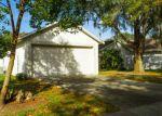 Foreclosed Home en TOWERING OAKS CIR, Seffner, FL - 33584
