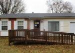 Foreclosed Home en W NORTHRUP ST, Lansing, MI - 48911