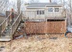 Foreclosed Home en FENN RD, Middlebury, CT - 06762
