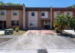 Foreclosed Home en W 81ST PL, Hialeah, FL - 33014