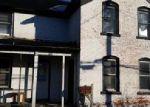 Foreclosed Home en E SHAWNEE ST, Freeport, IL - 61032