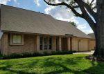 Foreclosed Home en BURLCREEK, Houston, TX - 77084