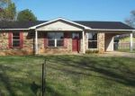 Foreclosed Home in LYNNWOOD CIR SW, Decatur, AL - 35603
