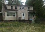 Foreclosed Home in HOLLY RD, Williamstown, NJ - 08094