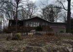 Foreclosed Home en WIMBLEDON WAY, Bella Vista, AR - 72715