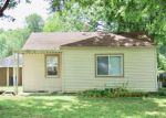 Foreclosed Home en WELTON ST, Greenwood, IN - 46143
