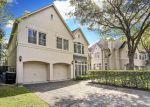 Foreclosed Home en BRIAR HOLLOW LN, Houston, TX - 77027