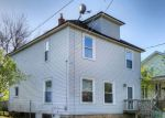 Foreclosed Home en PINE AVE NW, Grand Rapids, MI - 49504