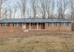 Foreclosed Home en EASTVIEW AVE, Hohenwald, TN - 38462