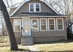 Foreclosed Home en MONTGALL AVE, Kansas City, MO - 64132