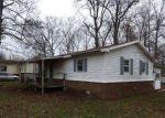 Foreclosed Home en WOODRIDGE CIR, Rainsville, AL - 35986