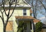 Foreclosed Home en E Galena Blvd, Aurora, IL - 60505