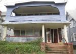 Foreclosed Home en COVENTRY RD, Cleveland, OH - 44118