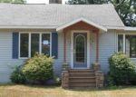 Foreclosed Home en HENDRICK RD, Norton Shores, MI - 49441