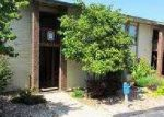 Foreclosed Home in CLUBHOUSE DR, Branson, MO - 65616