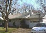 Foreclosed Home in MANATUCK BLVD, Bay Shore, NY - 11706