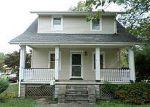 Foreclosed Home en W RED BANK AVE, West Deptford, NJ - 08096