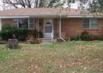 Foreclosed Home en CURTIS ST, Springdale, AR - 72764