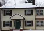 Foreclosed Home en E DERBYSHIRE RD, Cleveland, OH - 44118