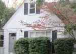 Foreclosed Home en GLENSIDE RD, Cleveland, OH - 44121