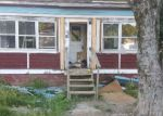 Foreclosed Home en BROADWAY ST, Baileyville, ME - 04694
