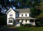 Foreclosed Home en MELLON SCHOOL LN, Fleetwood, PA - 19522