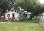 Foreclosed Home en BERKLEY RD, Auburndale, FL - 33823