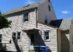 Foreclosed Home en ROCHFORD AVE, Hamden, CT - 06514