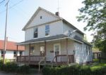 Foreclosed Home en W 56TH ST, Cleveland, OH - 44102