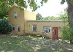 Foreclosed Home en FREEMAN LN, Hollister, MO - 65672