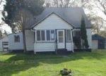 Foreclosed Home en N CENTER RD, Burton, MI - 48509