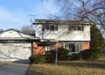 Foreclosed Home in SPRING HILL DR, Southfield, MI - 48076