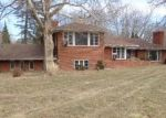 Foreclosed Home en KRA NUR DR, Burton, MI - 48509
