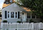 Foreclosed Home en FRANCIS AVE, Pawtucket, RI - 02860