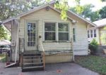 Foreclosed Home en S OVERTON AVE, Independence, MO - 64052