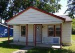 Foreclosed Home en NAOMI AVE, Adrian, MI - 49221