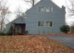 Foreclosed Home en SAWMILL CREEK DR, Nellysford, VA - 22958