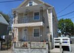 Foreclosed Home en FAIRVIEW AVE, Pawtucket, RI - 02860
