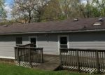 Foreclosed Home en WILLOW ST, West Grove, PA - 19390