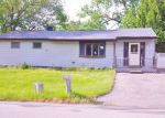 Foreclosed Home en PEACOCK LN, Poughkeepsie, NY - 12601