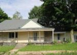 Foreclosed Home en MENDENHALL RD, West Newton, IN - 46183