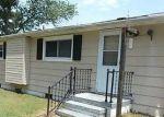 Foreclosed Home en OWENS RD, Hayes, VA - 23072