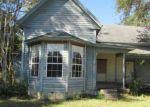 Foreclosed Home en SE PEAR ST, Blountstown, FL - 32424