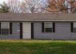 Foreclosed Home en N WALL ST, Carbondale, IL - 62901