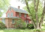 Foreclosed Home en GROVE ST, Shelton, CT - 06484
