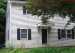 Foreclosed Home en BIRDSEY AVE, Meriden, CT - 06450